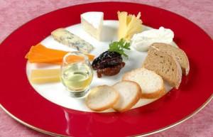 6種のチーズとドライフルーツのコンポーネント