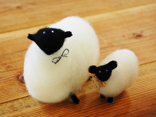 親子羊のマスコット人形